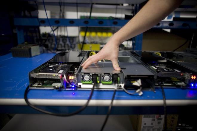 máy chủ, phần cứng máy chủ, Viettel IDC